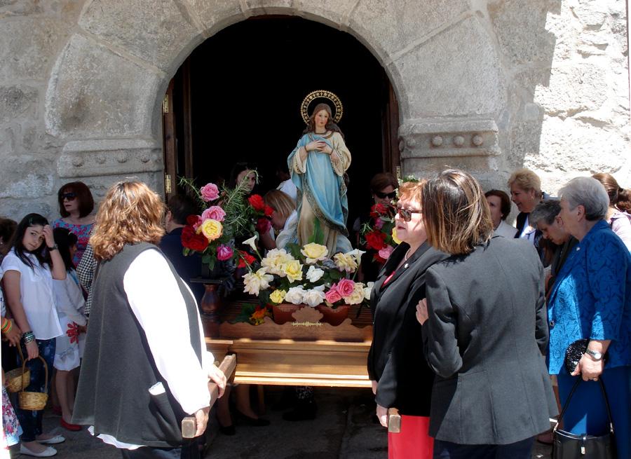 Hermandad Hijas de María